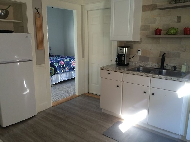 Great 2 bedroom apartment on Munjoy Hill, holiday rental in Portland
