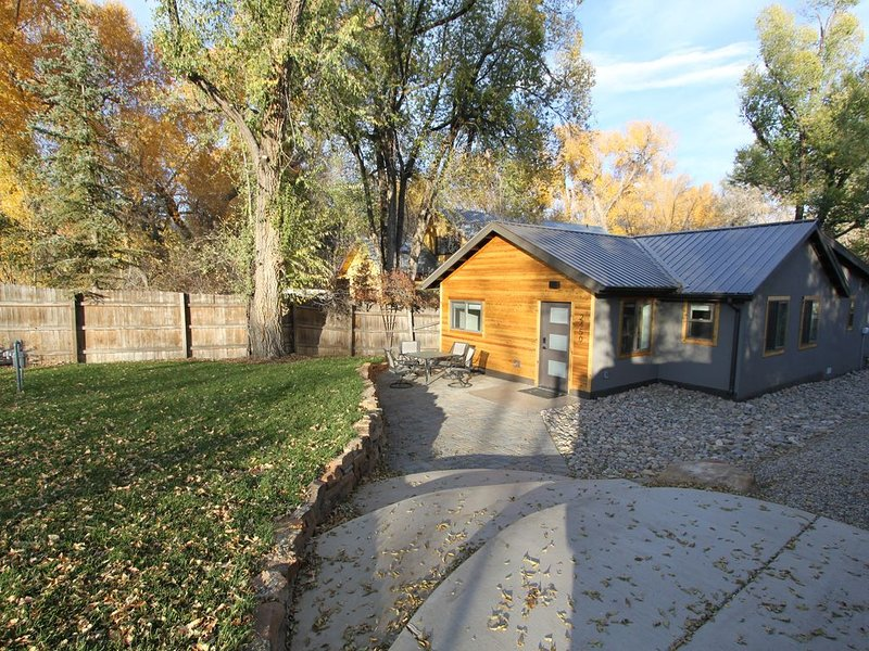 New Listing-New Family-Friendly Home In-Town, vacation rental in Durango