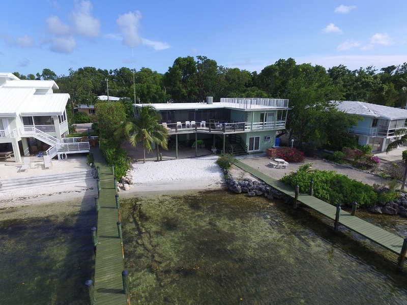 Bay Front Home With Magnificent Views, vacation rental in Key Largo