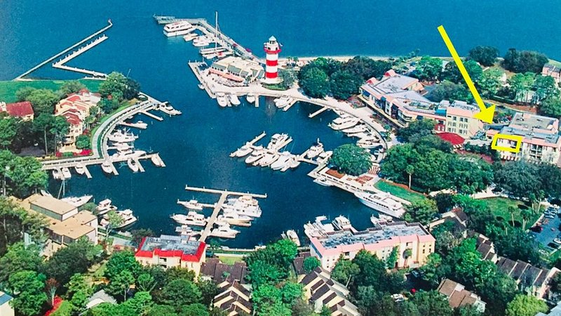 Harbour Town Penthouse at Lighthouse, Shops, Restaurants, Marina!, alquiler de vacaciones en Daufuskie Island