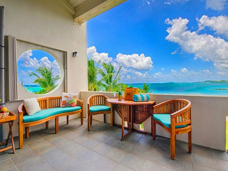 Tranquilitas - Beachfront at Club St Croix - WINTER SPECIAL-  $225.00 per night, vacation rental in Christiansted