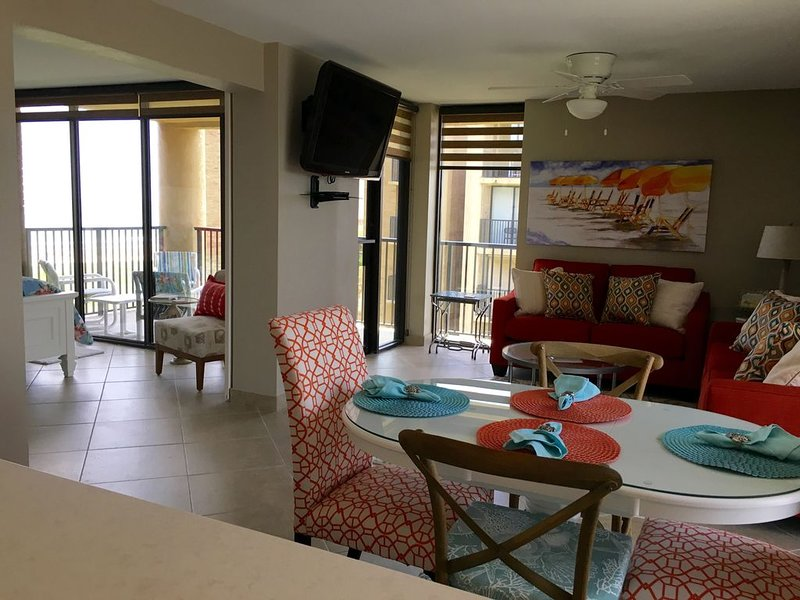 Make Your Own Memories In Our 3 Bedroom/2 Bath Condo W/Spectacular Beach Views, vacation rental in Port Isabel