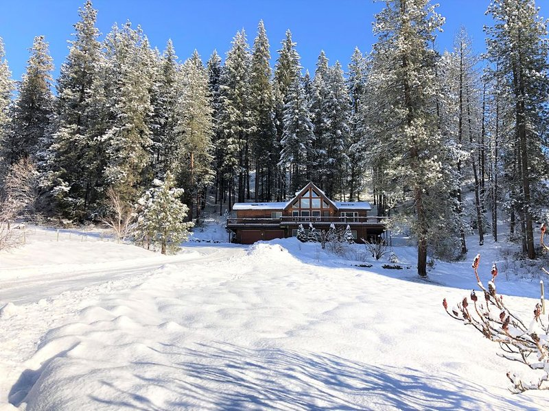 Beautiful Cabin in Leavenworth with 4BR and 3BA, vacation rental in Leavenworth