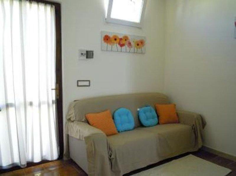 Grazioso Appartamento in Residence, location de vacances à Capitana