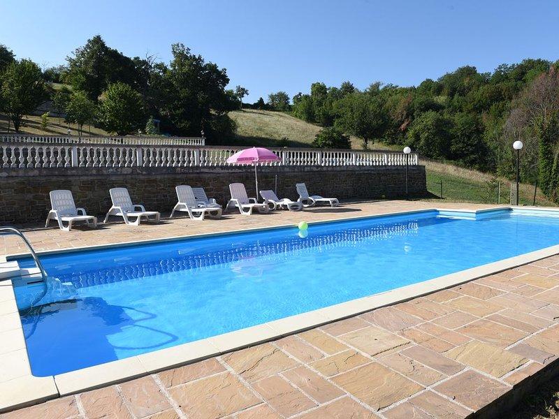 OFFERTA!! Casa Vacanza Il Rigattiere, natura, piscina, sauna, sibillini, Ferienwohnung in Penna San Giovanni