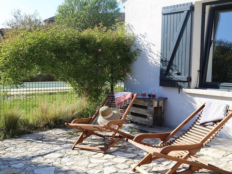 Aux portes du Luberon : Maison avec piscine au coeur du village sans vis-à-vis, aluguéis de temporada em Saint-Cannat