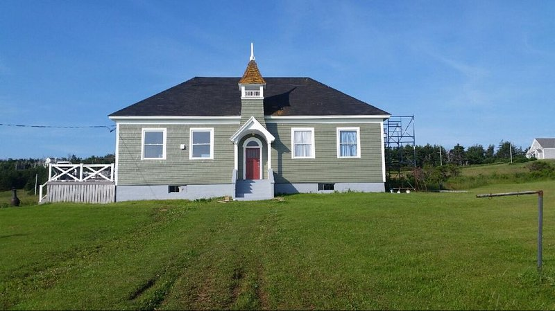 Island Retreat in Elegantly Restored Schoolhoue with Panoramic Ocean Views, holiday rental in Mabou