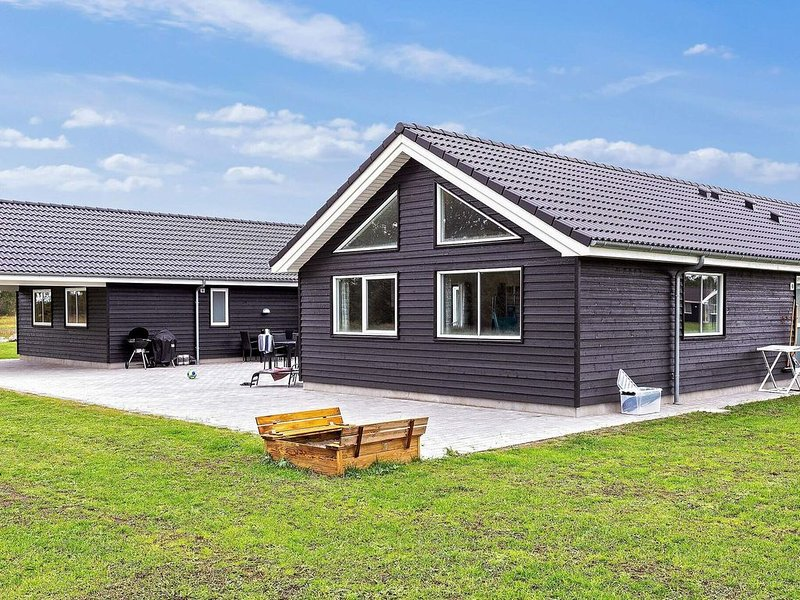 5 star holiday home in Stege, holiday rental in Rødvig