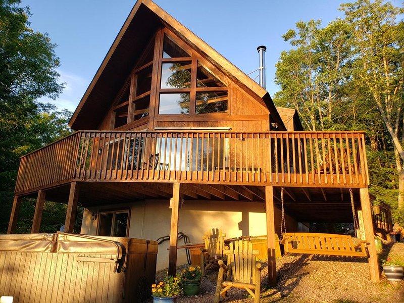 4BR home in Yough Mtn Resort, sleeps 12.  15 min to Deep Creek Lake Resort, holiday rental in Reedsville