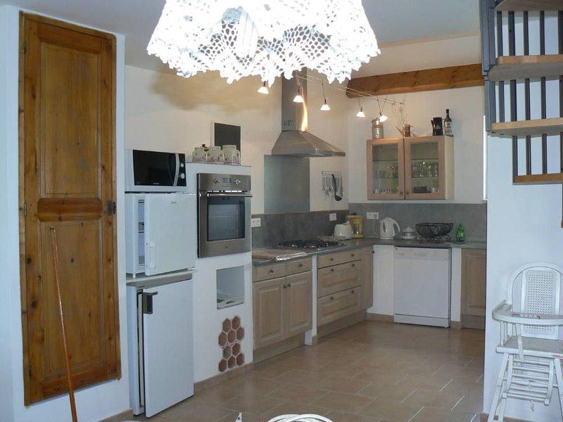 Maison de caractère vieille grande ferme., holiday rental in Alpes-de-Haute-Provence
