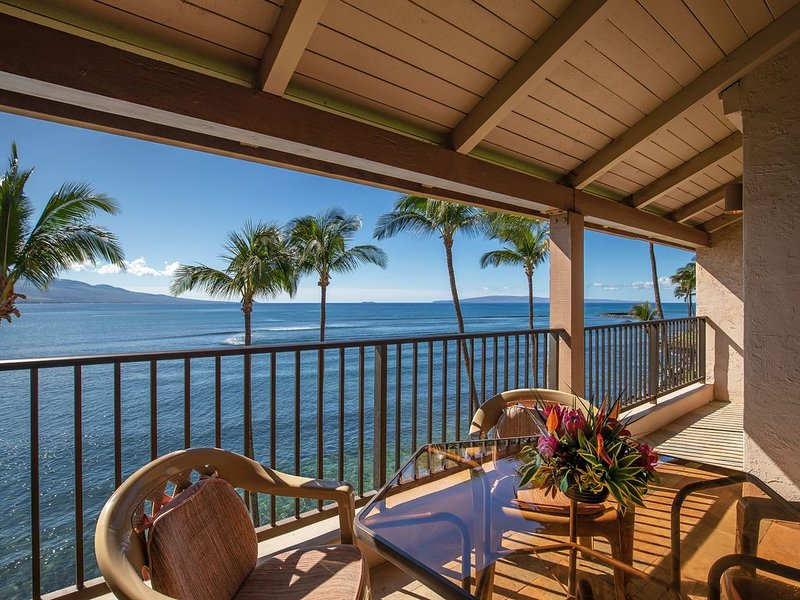 Maui Lovely Prime Oceanfront View with A/C! *Lauloa 410*, alquiler vacacional en Maalaea