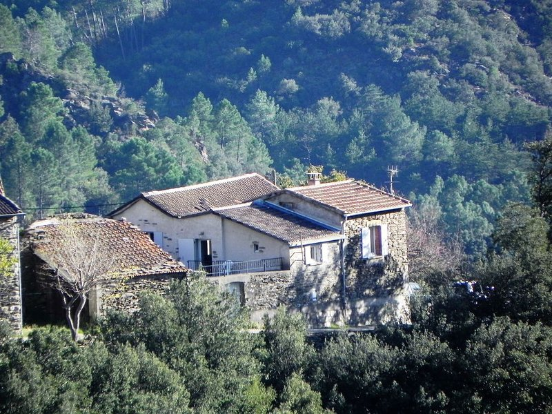 Nature , Calme, Randonnées. A 20 minutes du village de Les Vans, location de vacances à Malarce-sur-la-Thines