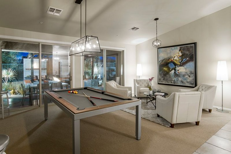 Private home, all one level, 4 bedrooms 3.5 bath home with heated pool and Spa, vacation rental in Cave Creek