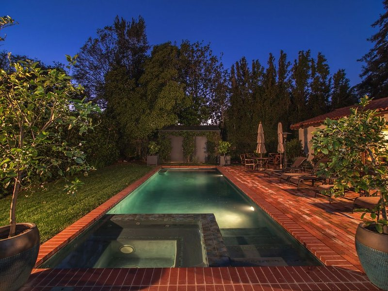 Casa Alegria - 4 bedroom single level home with Pool,  Spa, and Air Conditioning, location de vacances à Montecito
