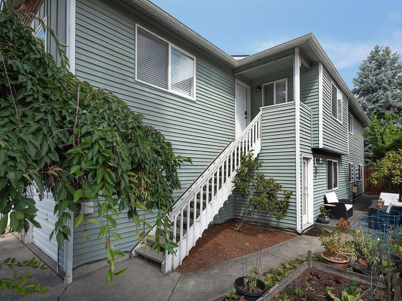 Spacious 2 bedroom, 2 bath condo in Ballard, Seattle - Brewery district, alquiler de vacaciones en Seattle