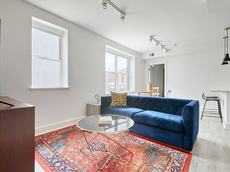 Sonder | Callisto | Stylish 2BR, holiday rental in Temple Hills