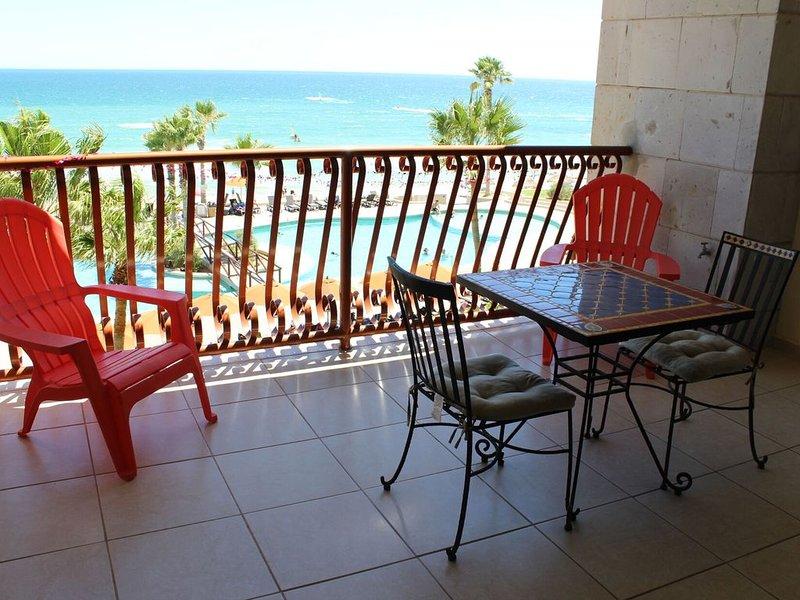 *Premier Host* Sonoran Sun W-312 Sunset du Jour Escape 1 BR Oceanfront Condo, holiday rental in La Choya