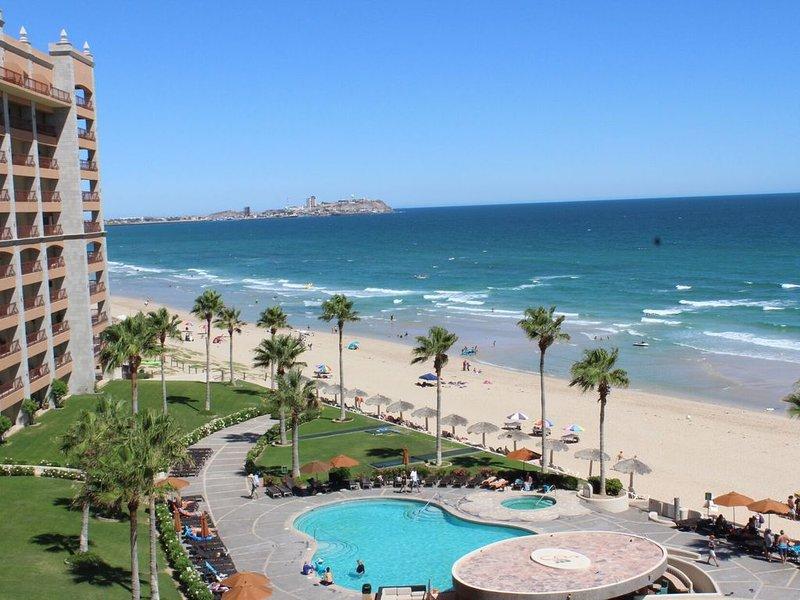 Sonoran Sun W-609  Sun & Fun Sanctuary 3 BR Oceanfront, holiday rental in La Choya