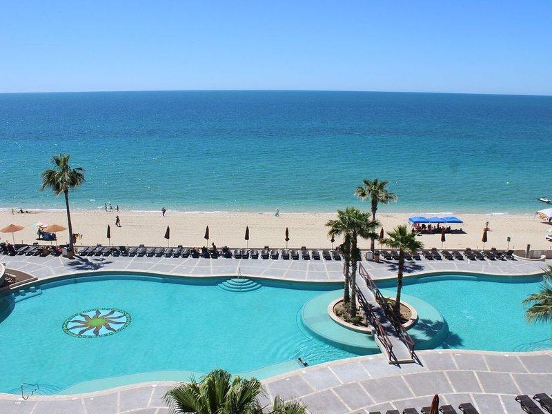Sonoran Sun W-512 Sun Breeze Oasis 1 BR Ocean Front Condo, holiday rental in La Choya