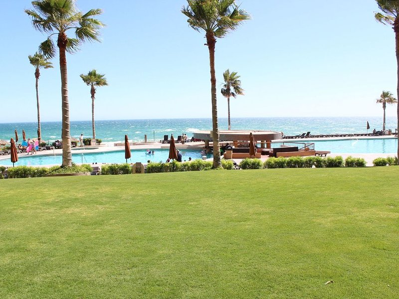 Sonoran Sun Resort Ground level Ocean front condominium, holiday rental in La Choya