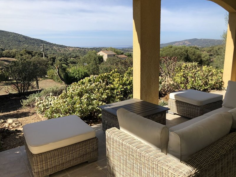 Villa golfe de valinco 120 m2  à  5 minutes des plages, location de vacances à Sollacaro