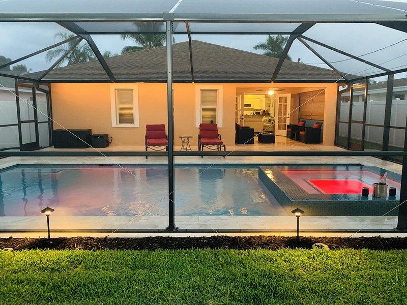 HAPPYOURS (Luxury Heated Pool, Hot tub) NoAdditionalFees!!! * Vanderbilt beach, alquiler de vacaciones en Naples Park