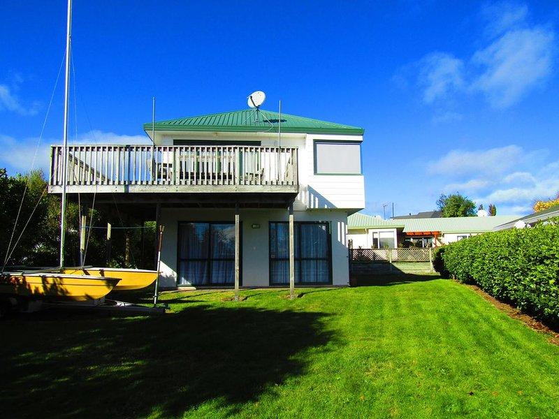 Lovely Logan - Walk to waterfront, casa vacanza a Taupo