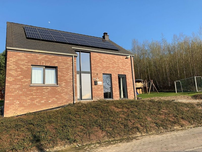 Beautiful Holiday Home in Barvaux-sur-Ourthe with Sauna, casa vacanza a Barvaux