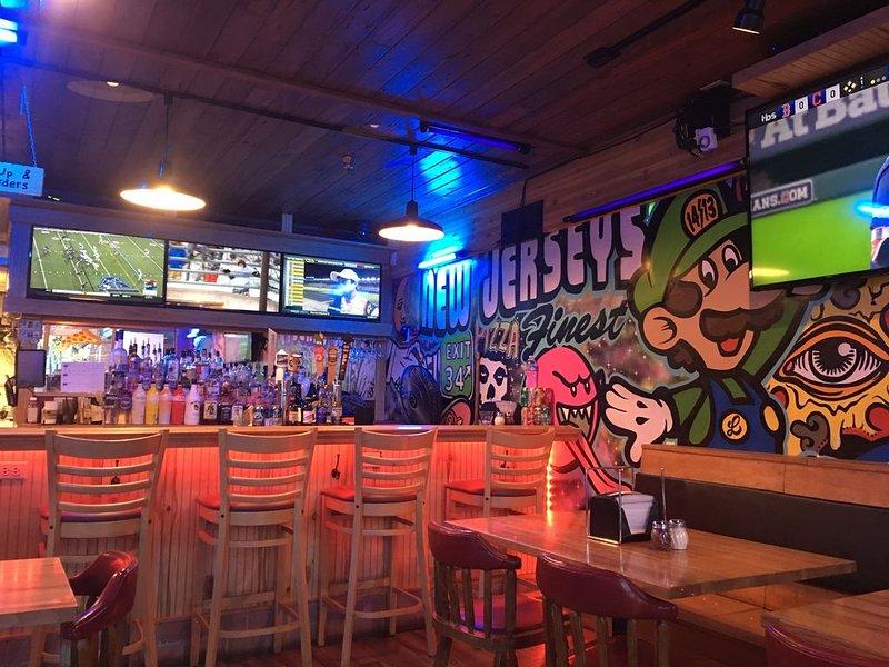Luigi's Sports bar and Pizzeria ... ¡nuestro favorito!
