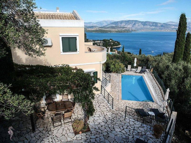 Splendide villa 3 ch 3 sdd sur les hauteurs d'Agni dans un cadre idylique, location de vacances à Kalami