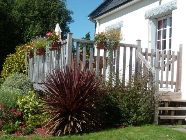 GITE DE LIORS CANAP jardin clos, calme et confort à la campagne, internet wifi., vacation rental in Chateauneuf du Faou