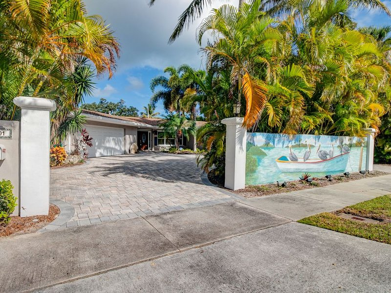 ISLAND LIVING ON CANAL, holiday rental in Indian River Shores