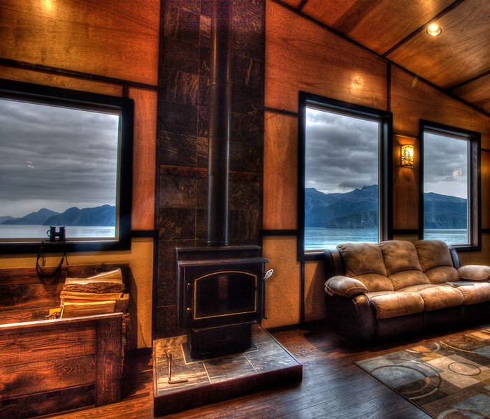 Beautiful Granite Point Mountain Lodge on Resurrection Bay!, location de vacances à Seward