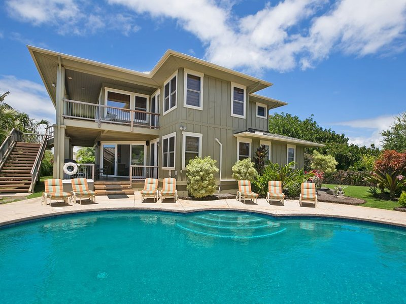 Private Ocean View Estate in Poipu with A/C, Jacuzzi, & Pool 5 min walk to beach, Ferienwohnung in Koloa