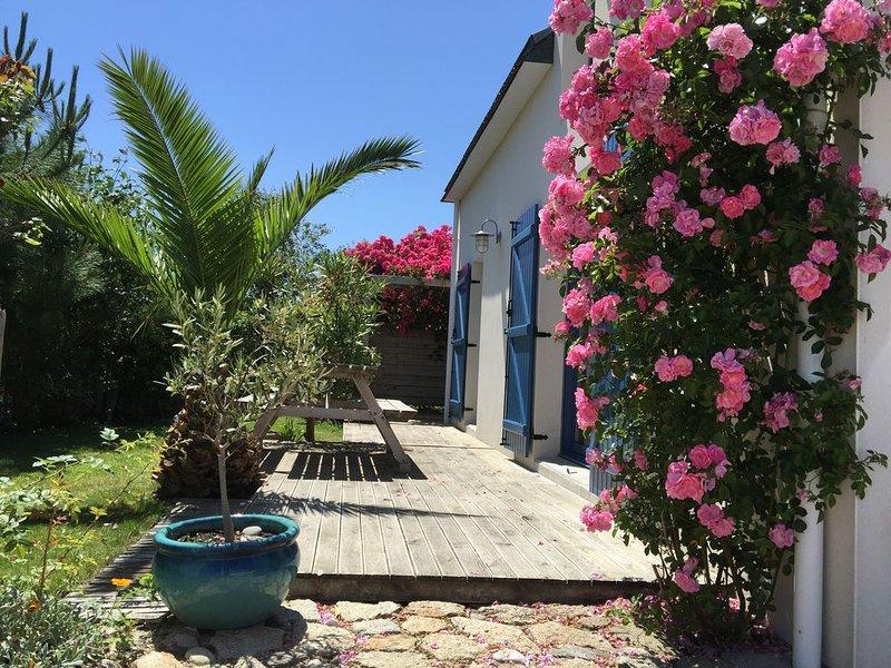 Holiday rentals Penmarch ty kaer, fisherman's house, full of charm, beach, surf, location de vacances à Penmarch