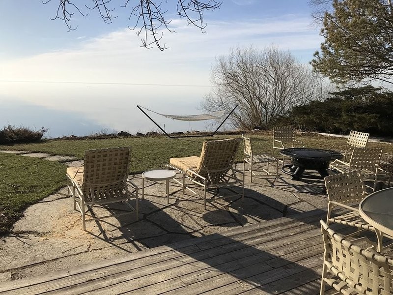 Beautiful Remodeled Lake Michigan Beachfront Home In Rural Country Setting, location de vacances à Kohler