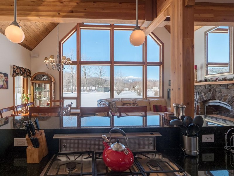 Large Stowe Riverwalk Townhouse With Stunning Views, alquiler de vacaciones en Stowe