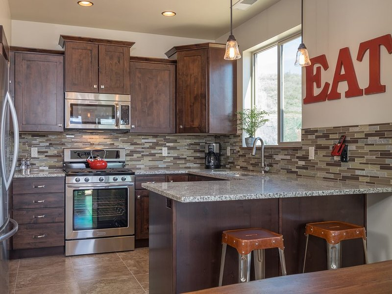 Stunning Luxury Single Level Condo! Brand New! Best Location in Black Rock!, vacation rental in Park City
