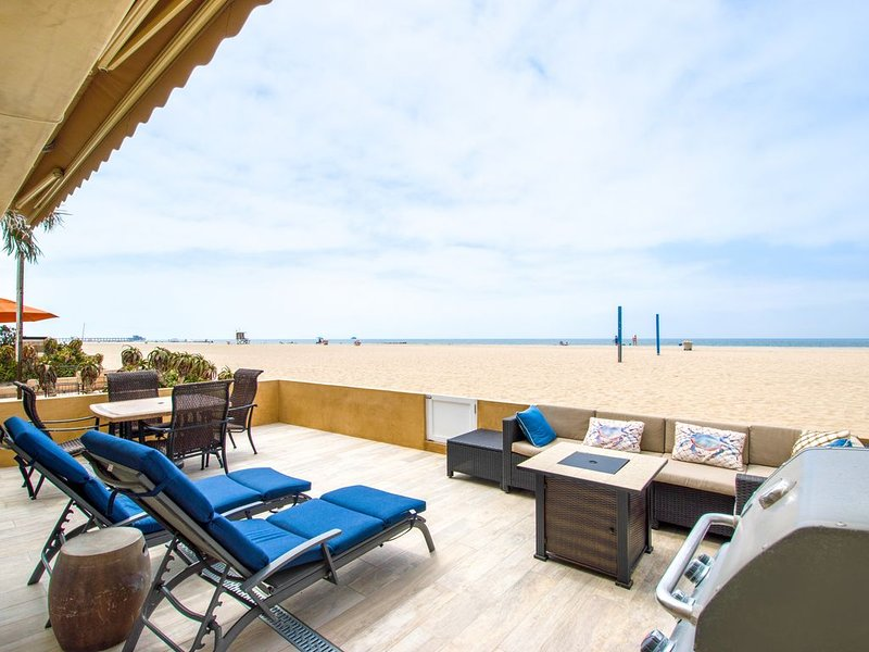 Two Master Suites, four bedrooms, four bathrooms., aluguéis de temporada em Newport Beach