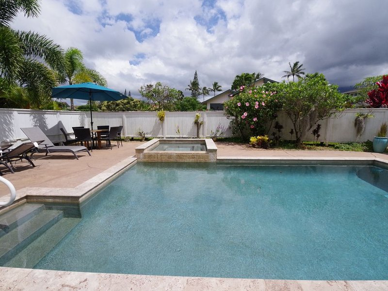 Home with Private Heated Pool and Spa completely Air Conditioned with Views, alquiler de vacaciones en Princeville