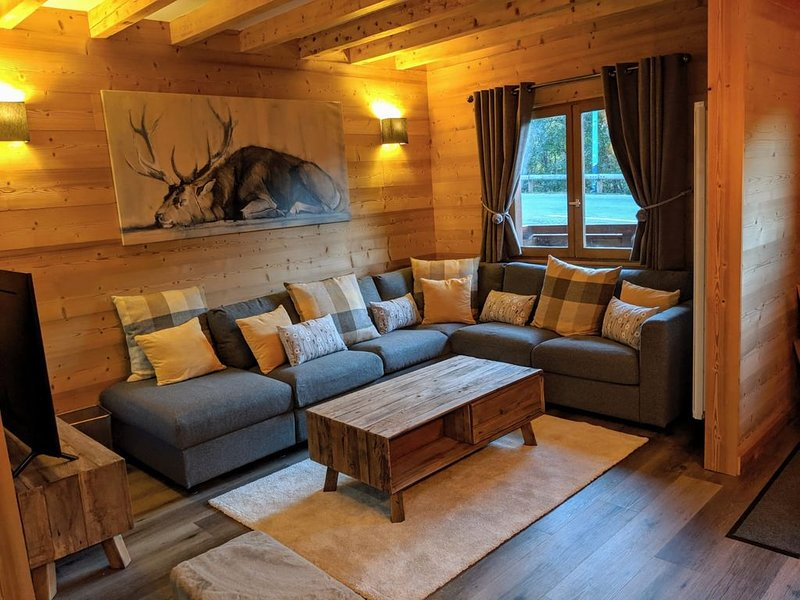 Luxurious chalet for 8 guests, completely renovated for this winter., alquiler vacacional en Mont-de-Lans
