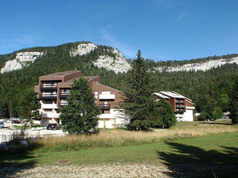 Grand Duplex à l'orée de la forêt., location de vacances à Saint-Julien-en-Vercors