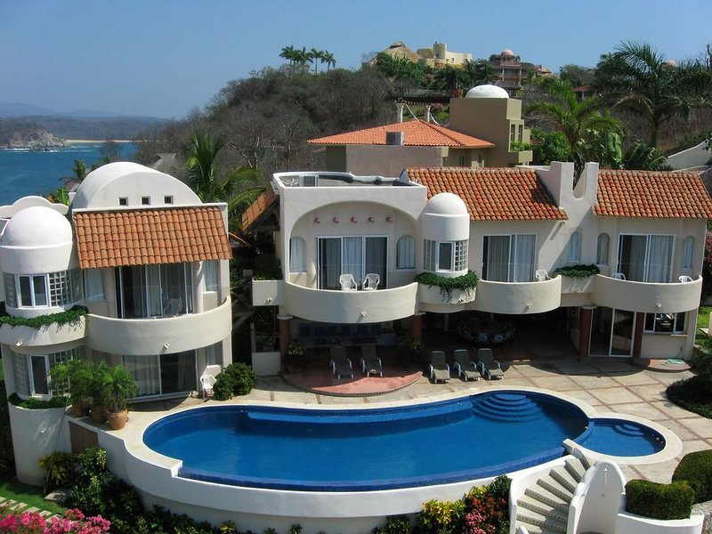 Spectacular Ocean View! Boutique Hotel includes Breakfast., vacation rental in Huatulco