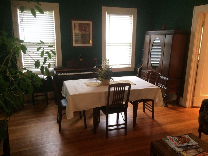 Dining area in front room