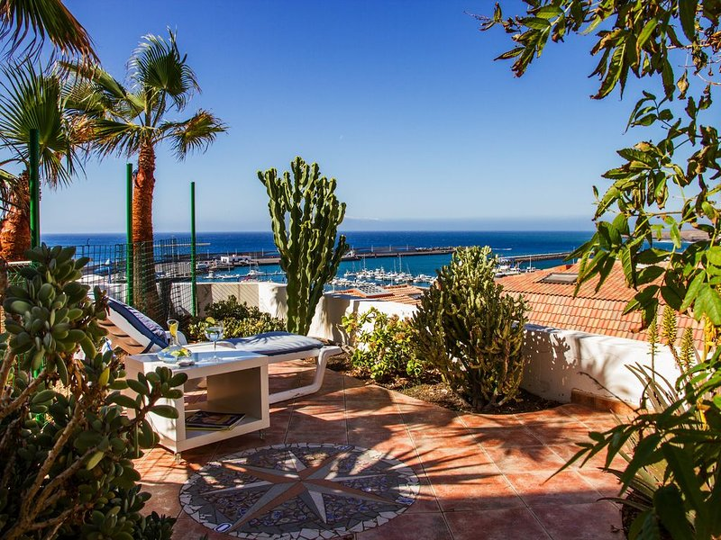 Ruhiges Eckhaus mit traumhaftem Blick, aluguéis de temporada em Morro del Jable
