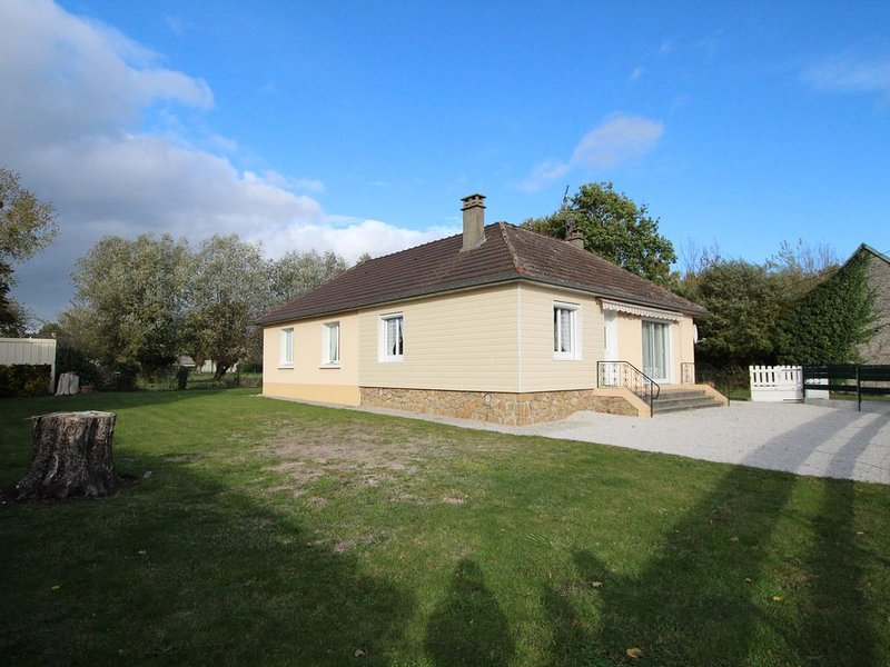PAVILLON AGREE CLEVACANCES 4/6 PERSONNES, vacation rental in Saussey