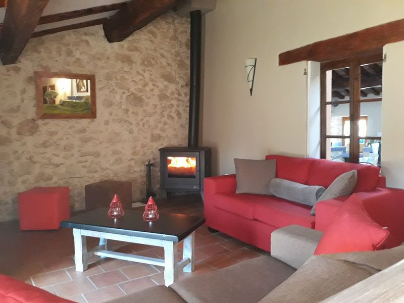 Maison bastide provencal,au calme,jardin, prés du verdon(Haut Var), holiday rental in La Verdiere