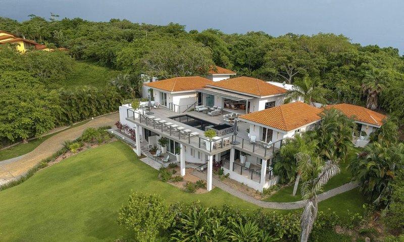 CASAMIA Punta Mita, 6 BR Luxury Estate, Ocean View, Full Staff, Steps to Beach, location de vacances à Punta de Mita