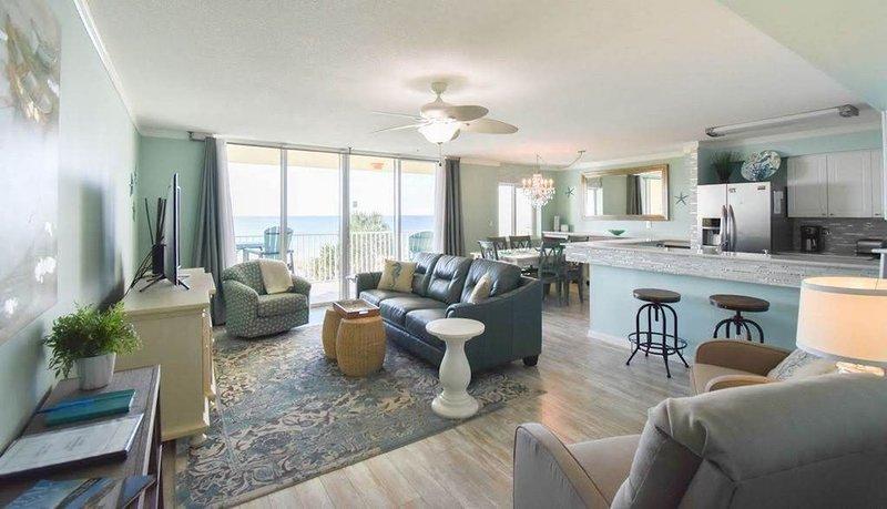 Beachfront, Million $$ View, Free Beach Service, alquiler vacacional en Fort Walton Beach