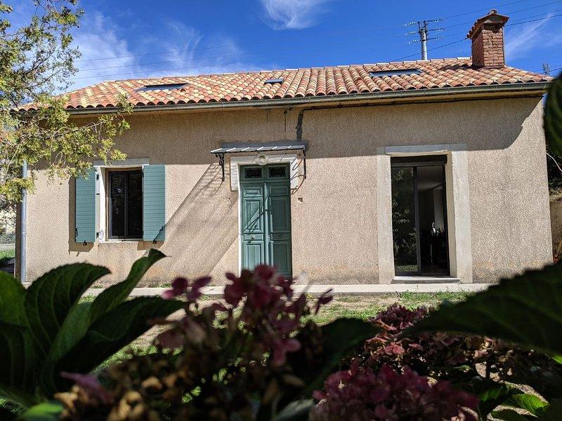 Villa tout confort au coeur d'un village authentique, location de vacances à Vero